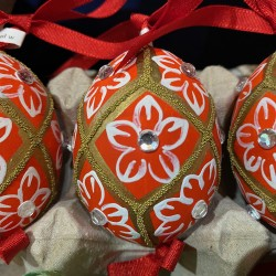 Eggshell Ornament Red with Jewels