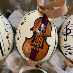 Eggshell Ornament Violin