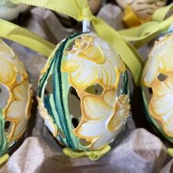 Eggshell Ornament Daffodil Cutout